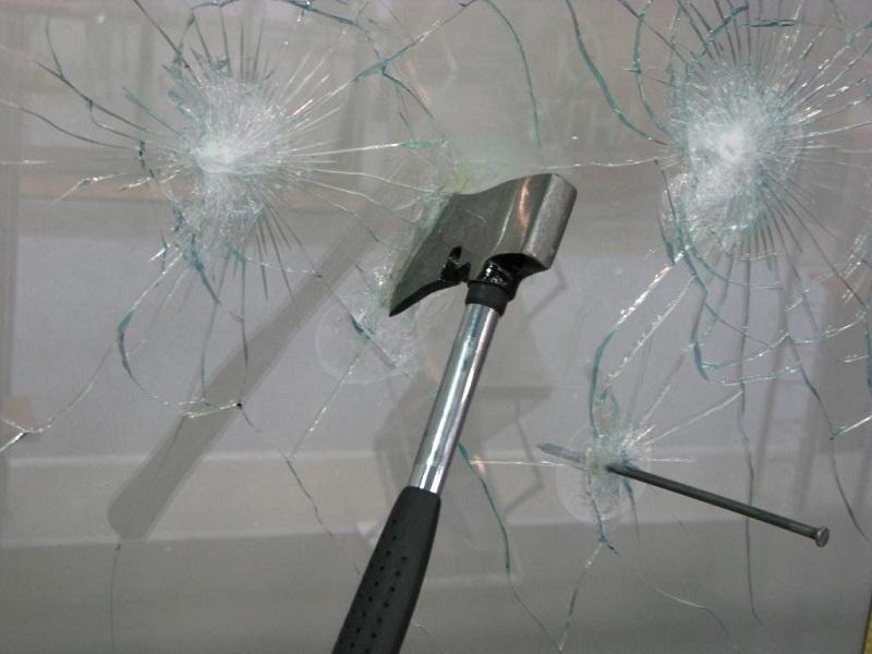 Взломостойкие окна, стеклопакет